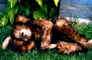 'Nipplebear', uit serie teddyberen, 1995, 50 x 30 x 30 cm