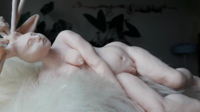 'Deer woman', detail, claymorf, 2012, 40 x 27 x 18 cm