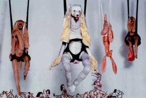 'Hangin'gangbang installation', sexual dancing 1 collage, hangende konijnen, soft sculptures, 2002, 1000 x 200 x 300 cm