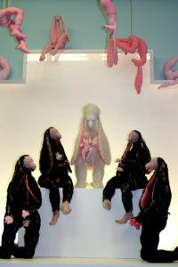 'Virginis sanctae', installatie groninger museum, soft sculptures, 2006, 800 x 500 x 300 cm