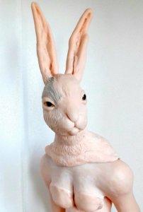 'Rabbit girl', claymorf, detail, 2019, 55 x 50 x 45 cm
